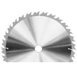 Güde Lame de scie en métal dur pour scie à bûches, 700 x 30 x 4,2 mm - 1860