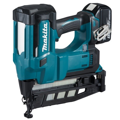 Makita Chiodatrice 18V / 5Ah, 1 x batteria + caricabatteria DC18RC - DBN600RTJ