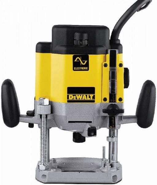 DeWALT Défonceuse DW625E